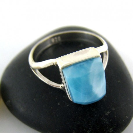 Ларимар Ювелирное кольцо четырехугольник 03 9688 Larimar-Stone