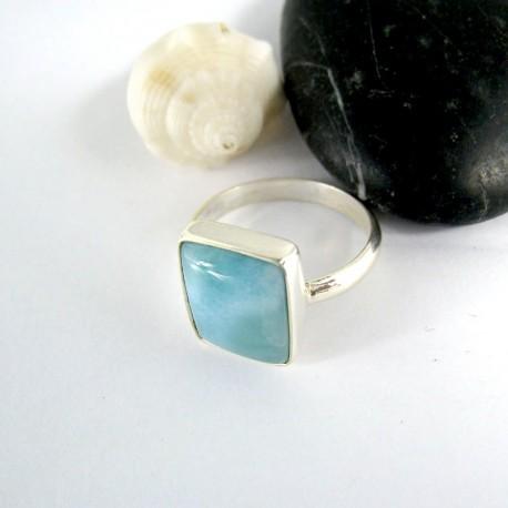 Ларимар Ювелирное кольцо четырехугольник 08 9982 Larimar-Stone