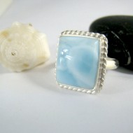 Ларимар Ювелирное кольцо четырехугольник YV3 9983 Larimar-Stone