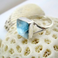 Ларимар Ювелирное кольцо четырехугольник LV19 11261 Larimar-Stone